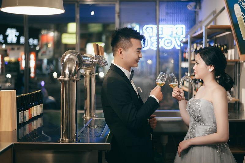 台南自助婚紗 Isaac & Sharon 小酒館自主婚紗