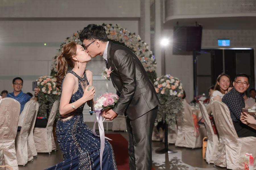 [台南婚攝山姆]富霖華平館|新娘求婚橋段讓新郎好感動